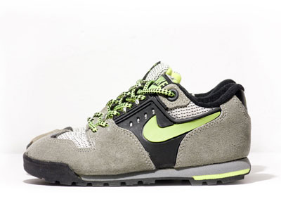 nike son of lava dome kids